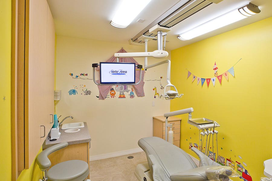 CHILDREN'S OPERATORY ROOM
